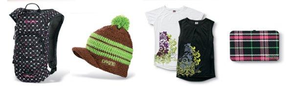 Batoh, čepice, tričko a peněženka DaKine